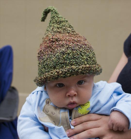 peapod-baby-hat